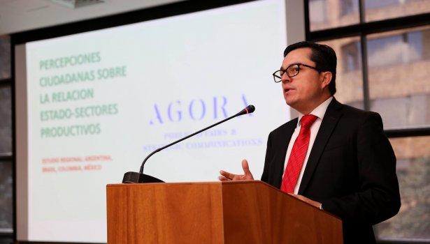 Miguel Ángel Herrera presenta el estudio con la relación estado - sectores productivos